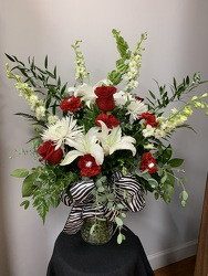 FF189 from Faught's Flowers & Gifts, florist in Jonesboro