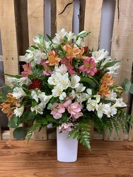 FF217 from Faught's Flowers & Gifts, florist in Jonesboro